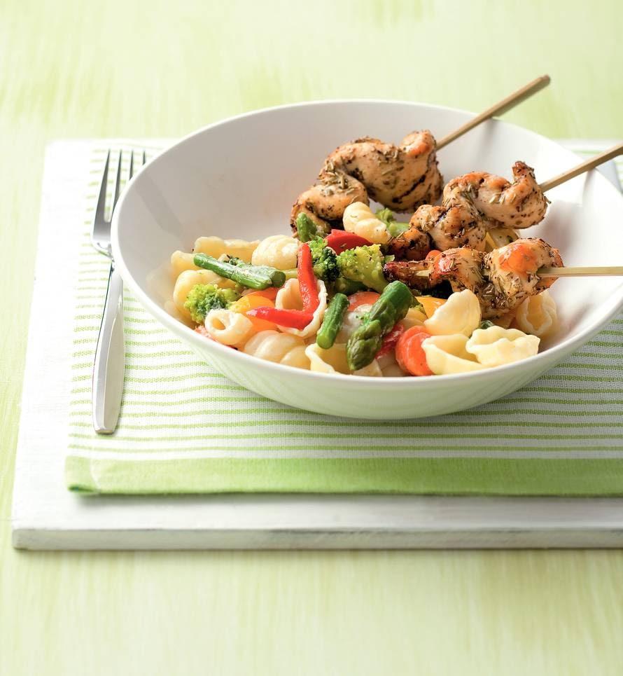 Gegrilde rozemarijnkip met romige groentepasta