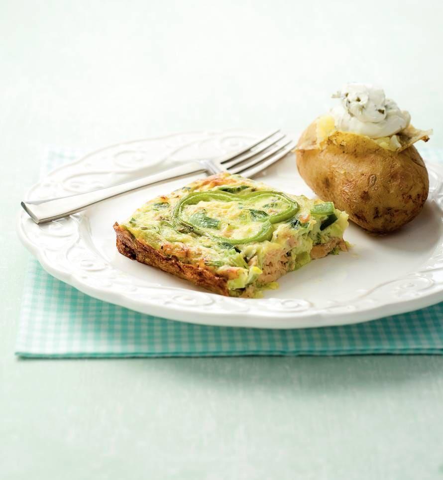 Prei met zalm en aardappel uit de oven