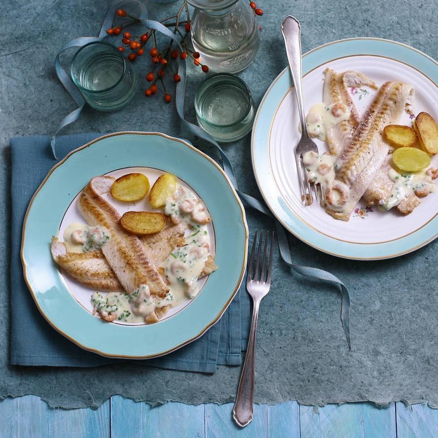 Noordzeetong met wittewijnsaus en Hollandse garnalen