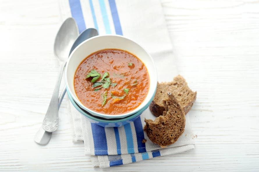 Tomaten-groentesoep