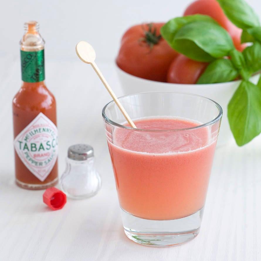 Tomatensap met basilicum