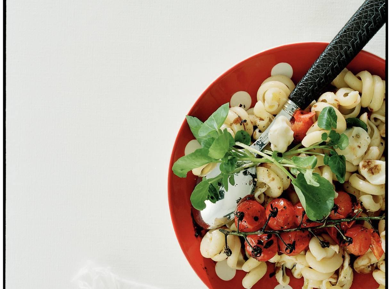 Trottole met tomaatjes en mozzarella