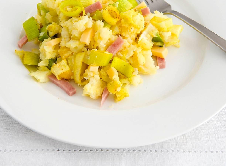 Ham-kaasstamppot met prei