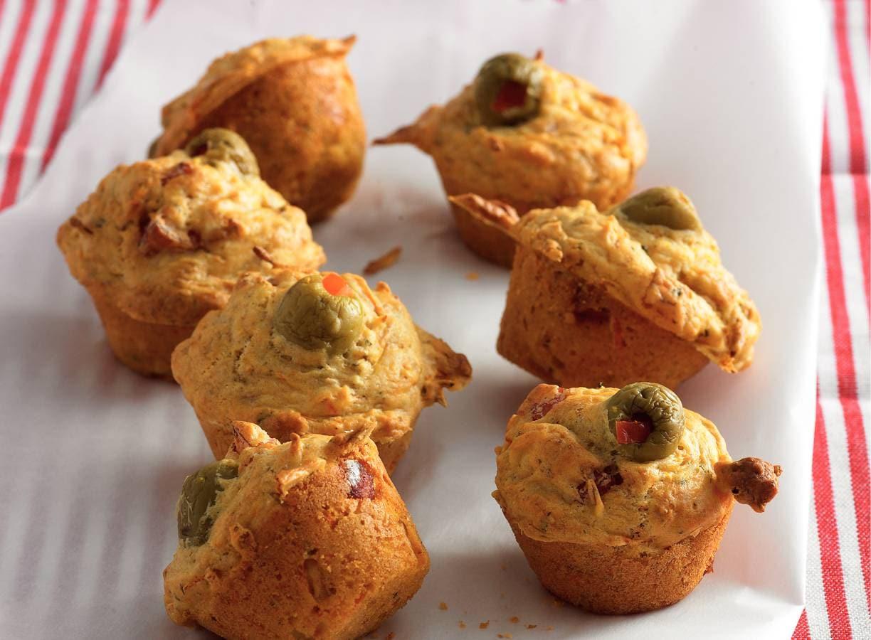 Wortelmuffins met ham en olijven