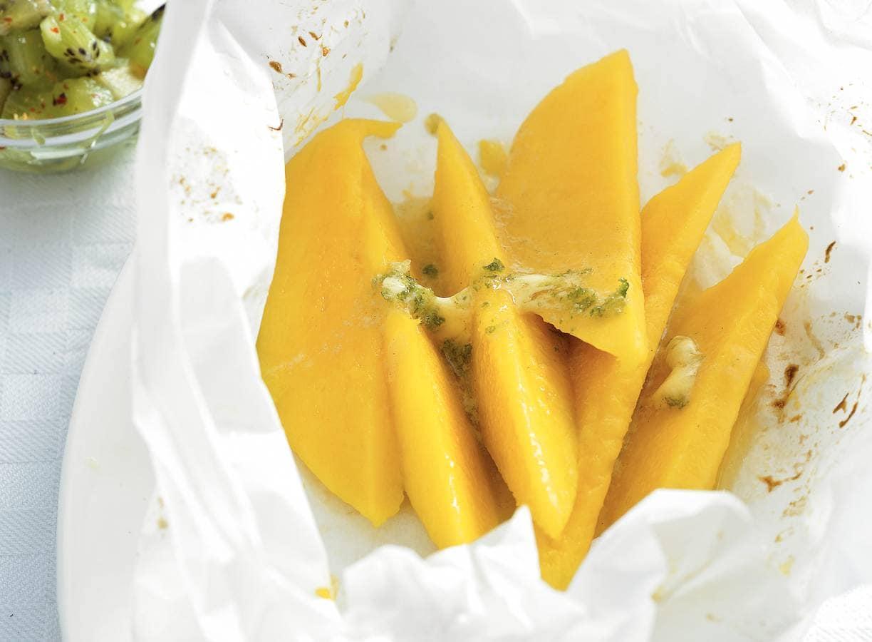 Mango met kiwisalsa