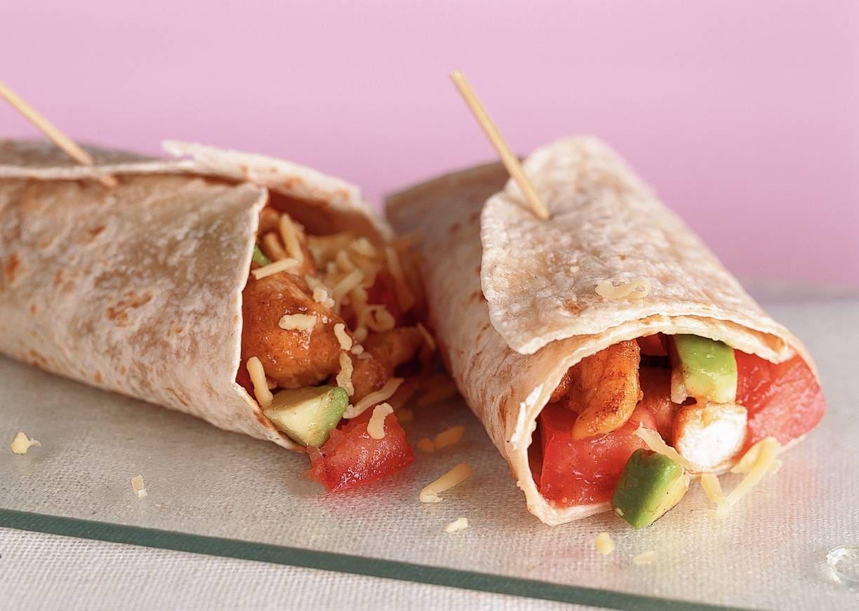 Wrap met avocado-tomatensalsa