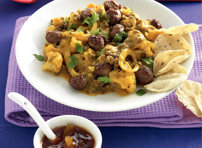 Curry van bloemkool met linzen en minigehaktballetjes