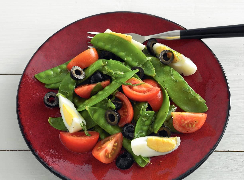 Lauwwarme salade van peultjes