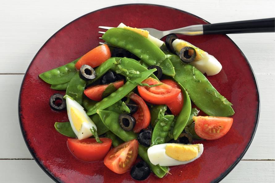 lauwwarme salade van peultjes - recept - allerhande - albert heijn