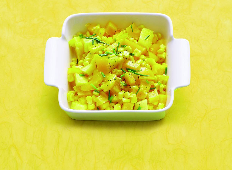 Zoetzure mais met paprika en ananas