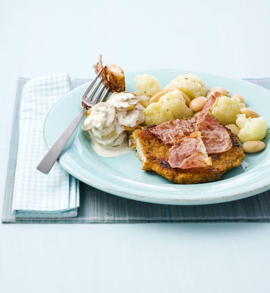 Wienerschnitzels met bloemkool en rauwe ham