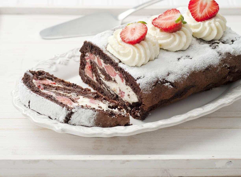 Chocoladerol met aardbeien