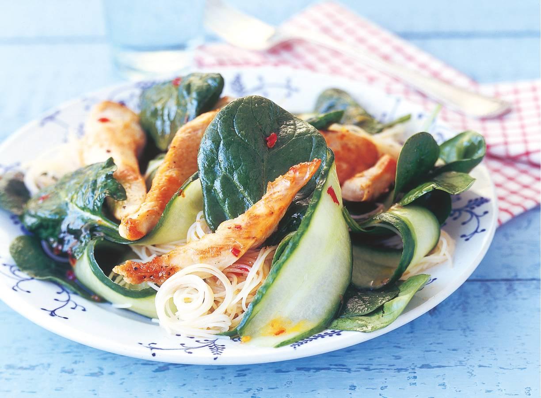 Spinaziesalade met mihoen en kip