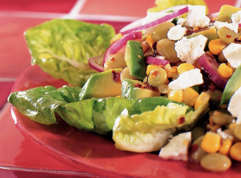 Gemengde salade met avocado