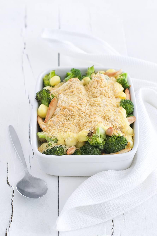 Broccolischotel met kip