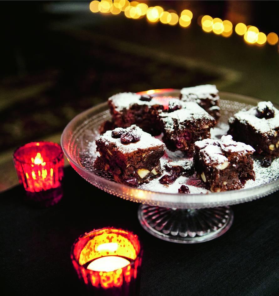 Berry-cherry-brownies