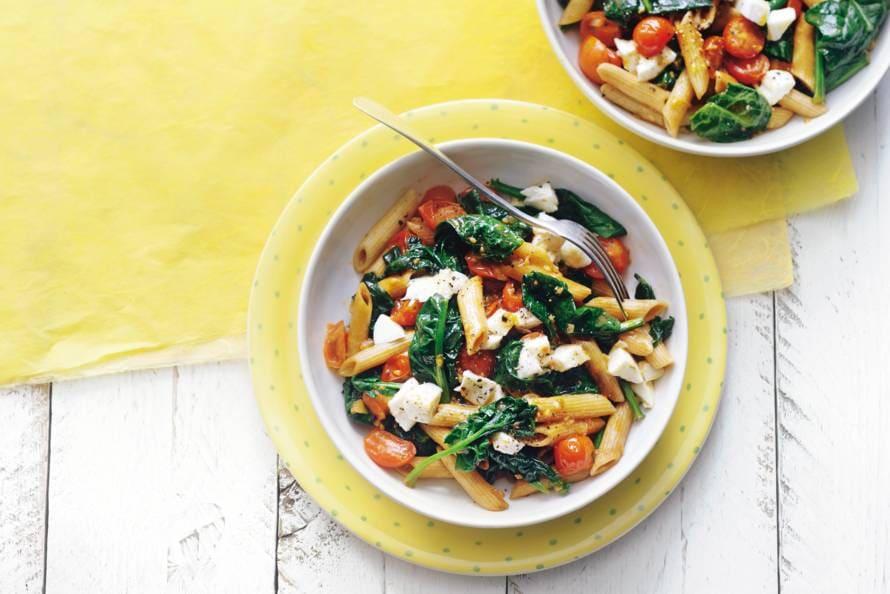 recept wilde spinazie roerbakken