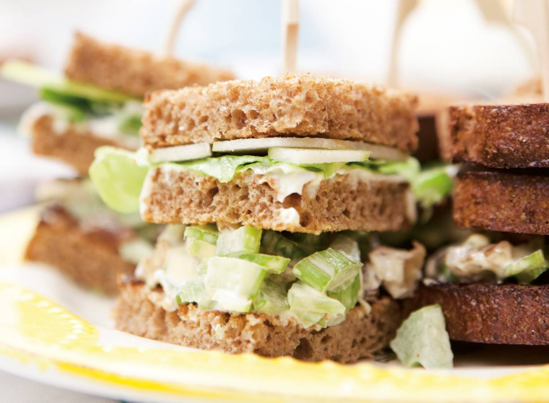 Waldorfsalade clubsandwich