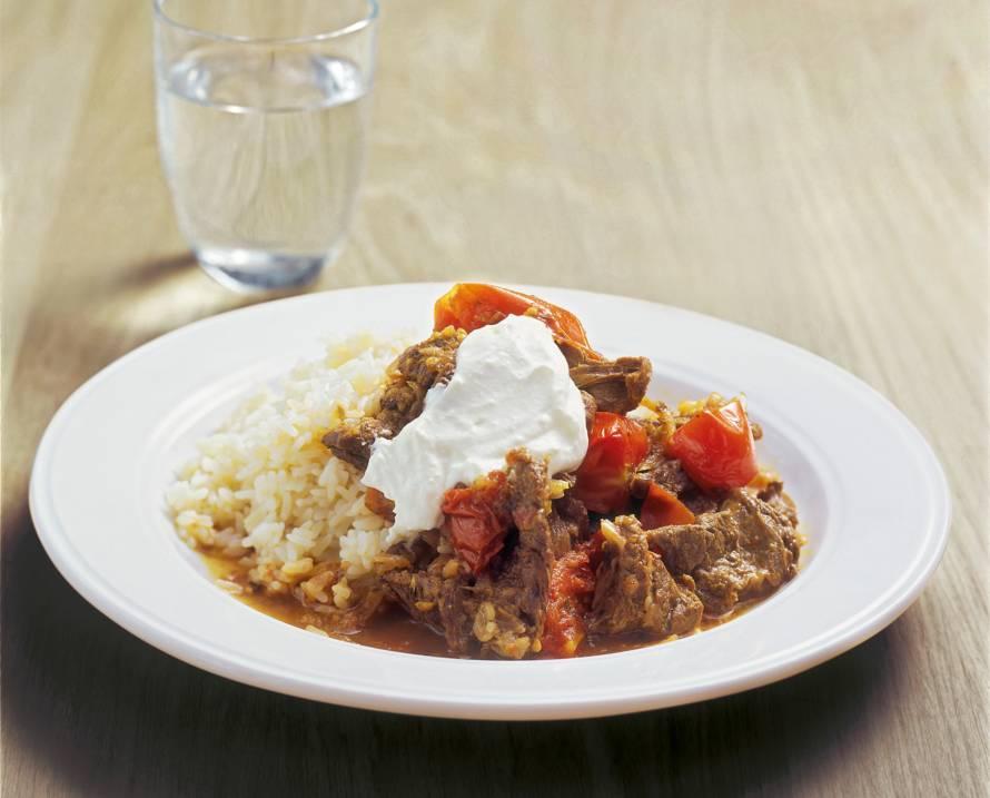 Rundergoulash met rijst