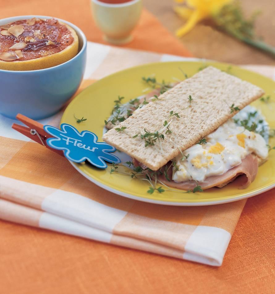 Toast met zelfgemaakte eiersalade