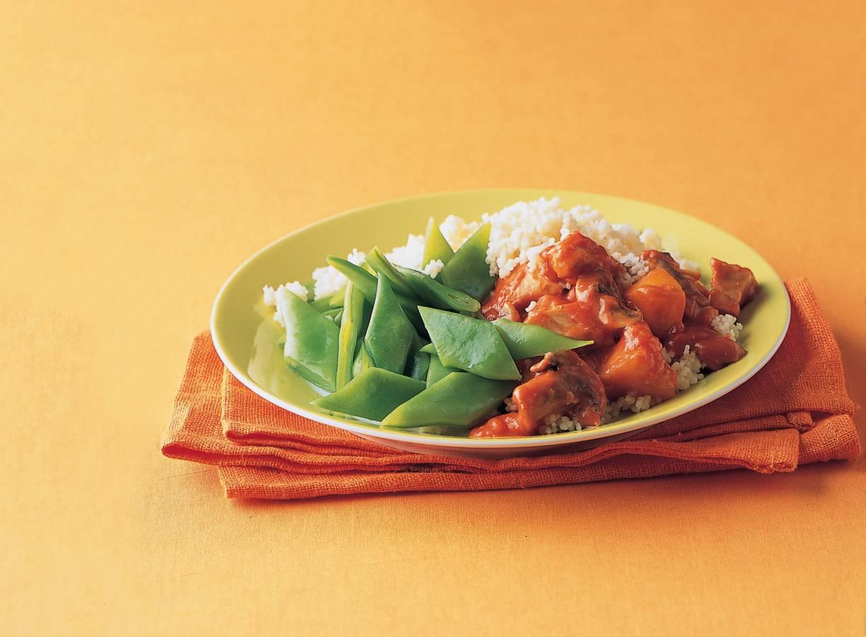 Couscous met kip, perzik en snijbonen