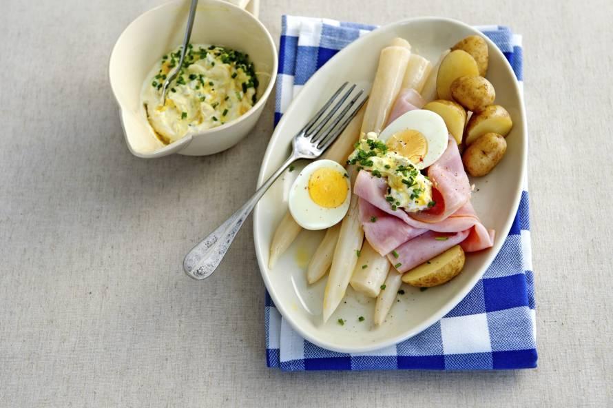 Schorseneren met ham en ei