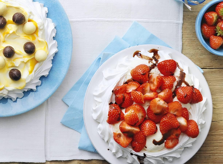 Pavlova dame blanche met aardbeien