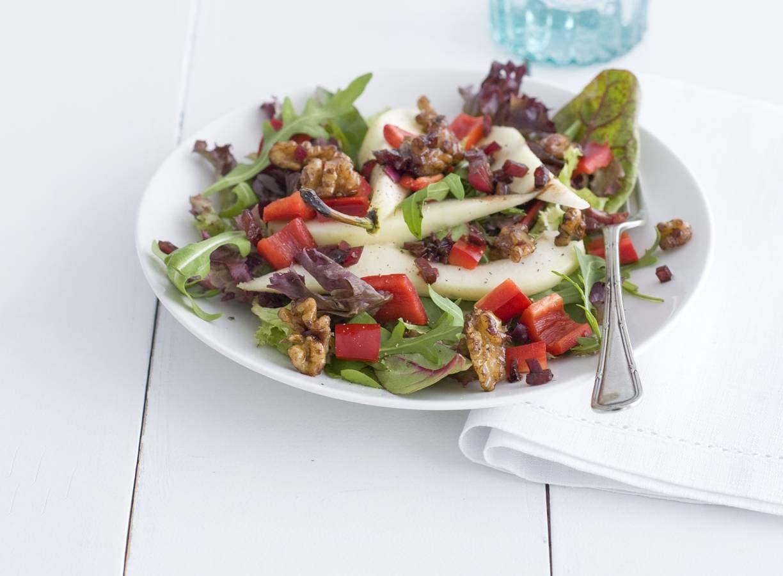 Salade met peer en walnoot