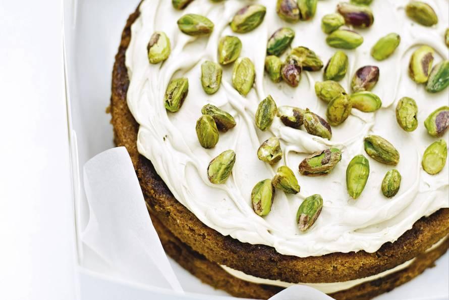 Delia Smith's koffie-kardemomtaart met pistachenoten