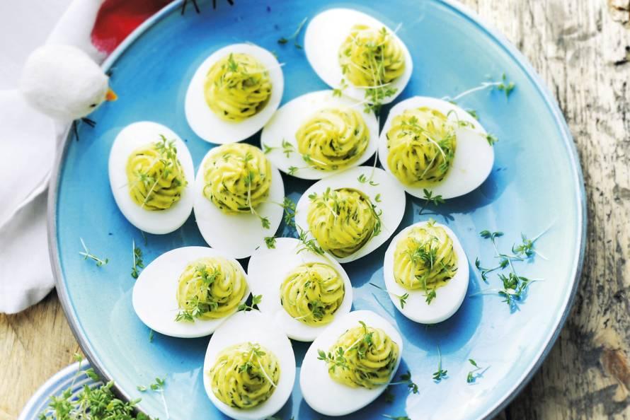 Gevulde eieren met forel