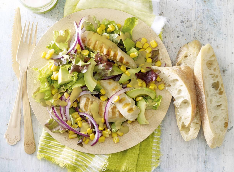 Salade met mosterd-sinaasappeldressing