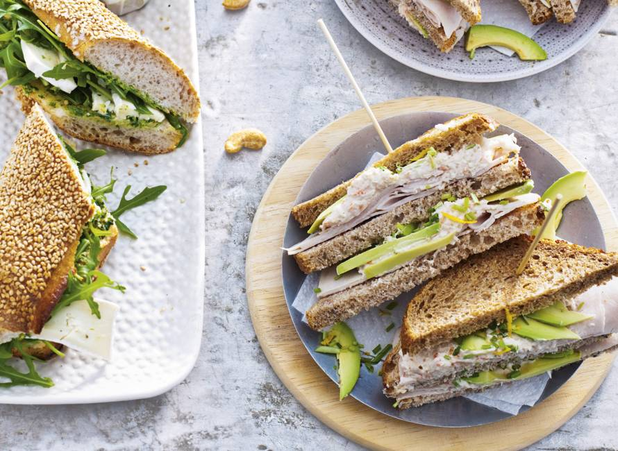 Clubsandwich kip-krab-avocado