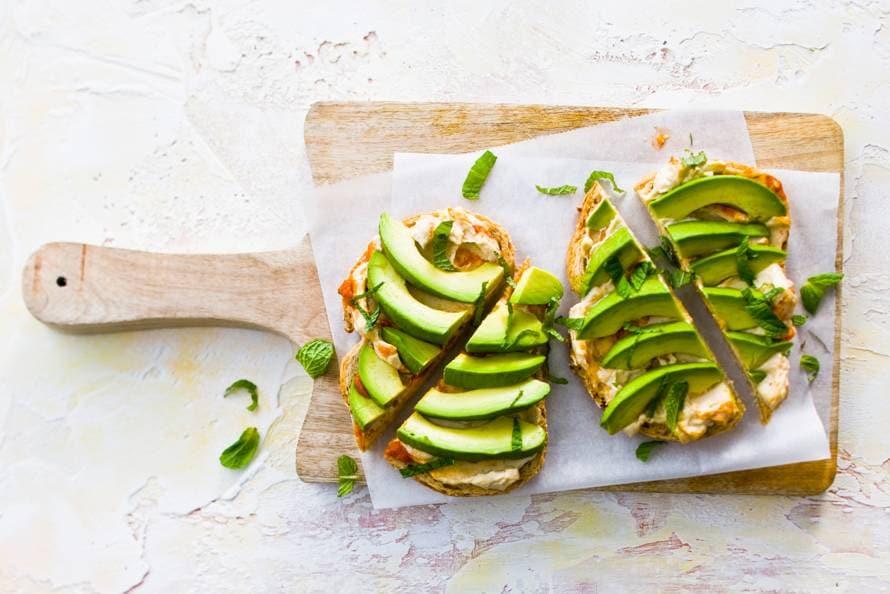 Meergranenbrood Met Hummus En Avocado Recept Allerhande Albert