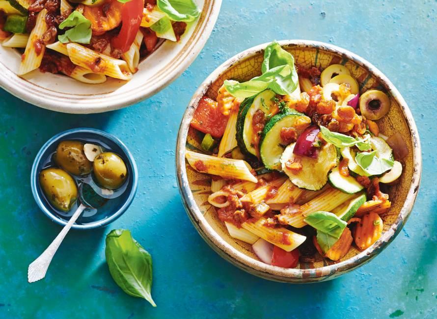 Siciliaanse pastasalade alla caponata
