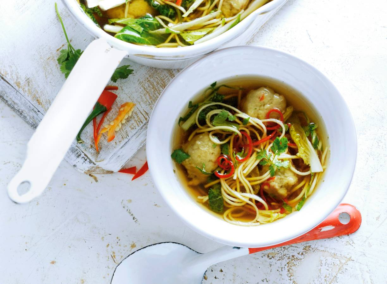 Thaise visballetjes met noedelsoep