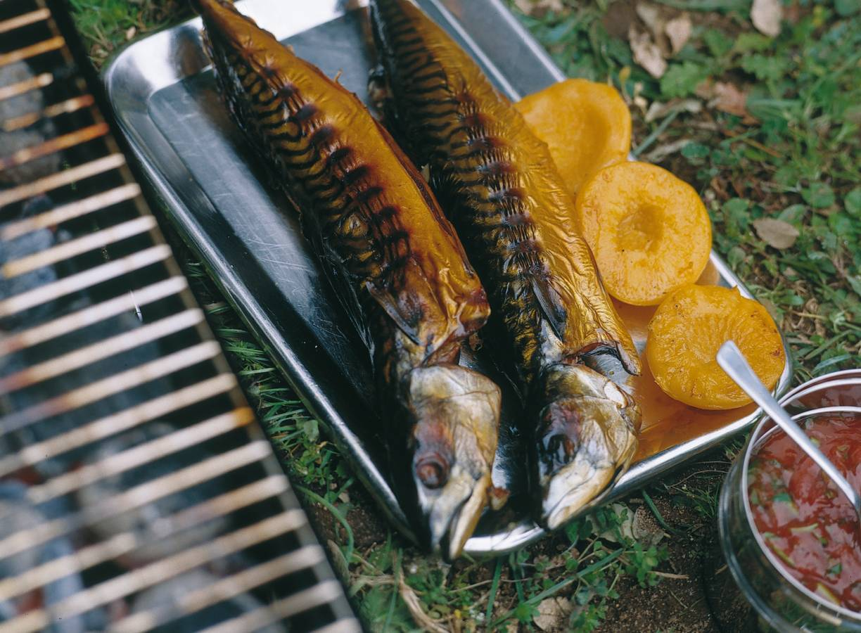 Gerookte makreel met badjaksaus