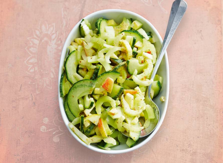 Bleekselderij met komkommer