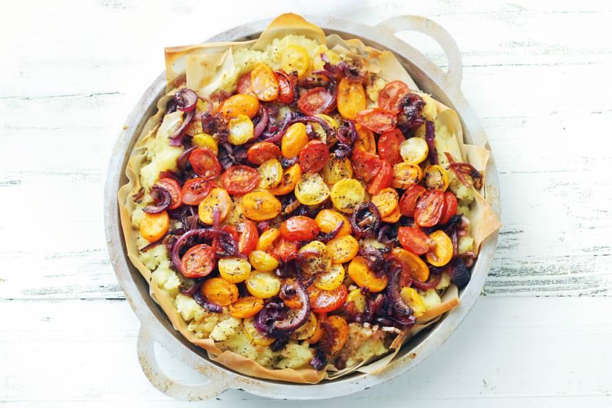 Hartige taart met tomaat & ui