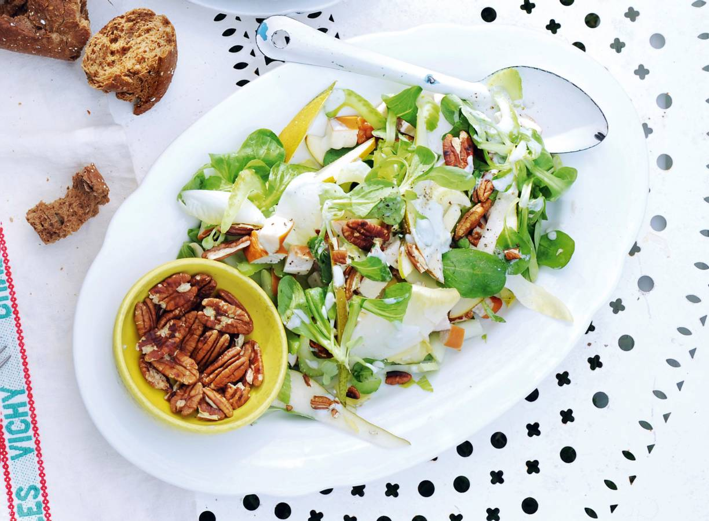 Witlofsalade met kip en peer
