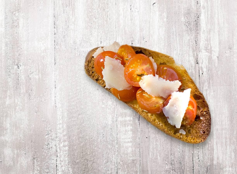 Bruschetta cherrytomaat en Parmezaan