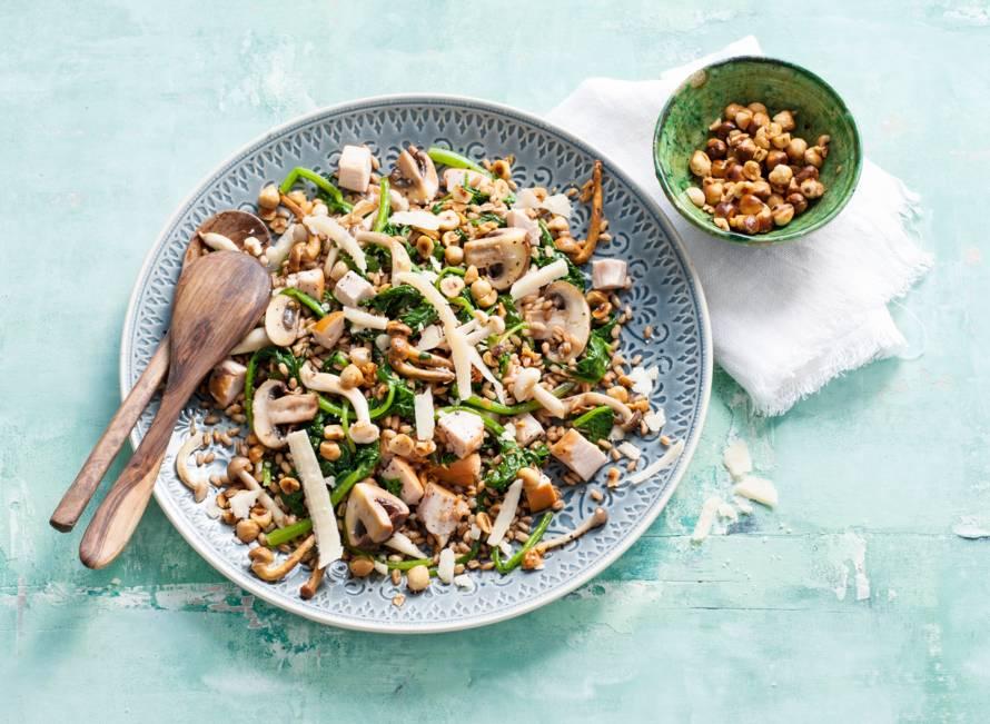 Farro met kip, spinazie en paddenstoelen