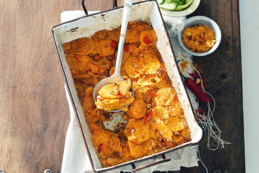 Romige gratin van zoete aardappel en pinda