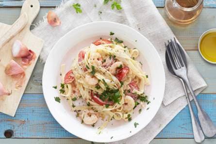 pasta met romige garnalen - recept - allerhande - albert heijn