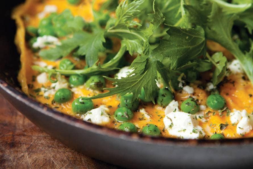 Dave Myers & Si King's omelet met doperwten, munt en feta