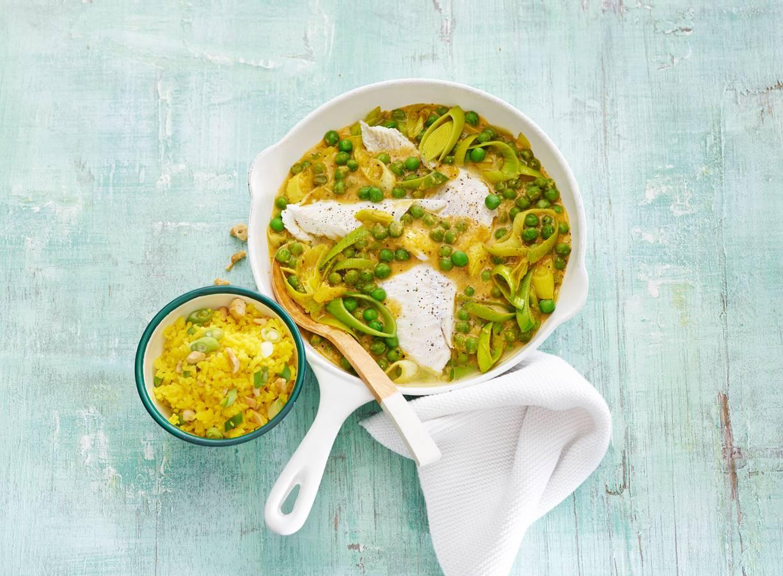 Schelvis in korma met gele rijst