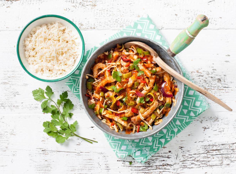 Zoetzure ribkarbonades met rijst