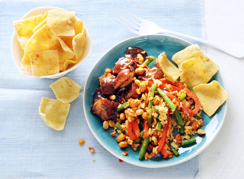Saté met sambalboontjes en katjang pedis