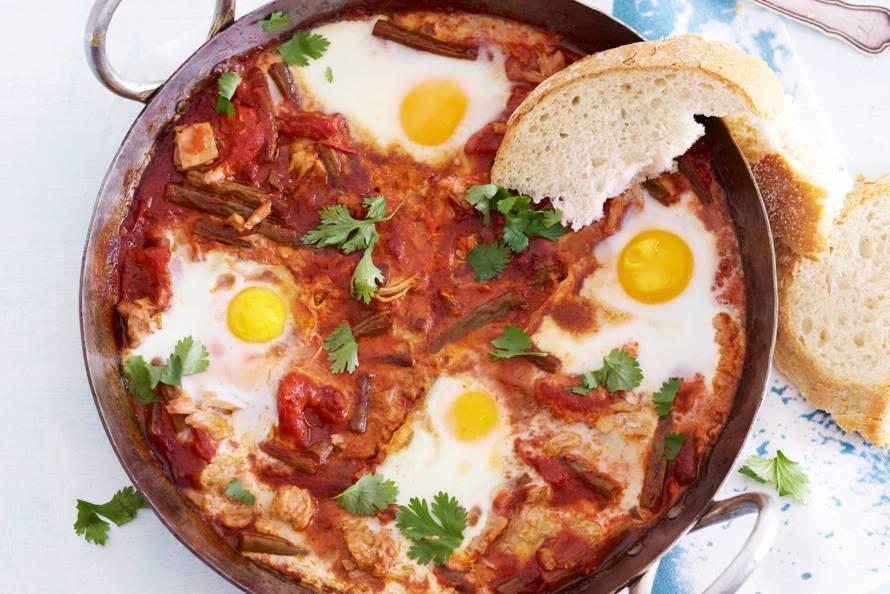 Tonijn-tomatenstoof met knapperige boontjes