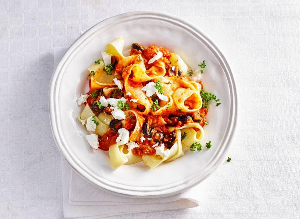 Pappardelle met groentesaus en geitenkaas