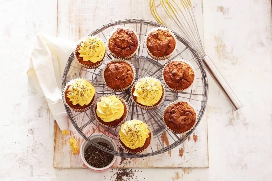 Pompoenmuffins met chiazaad en ahornsiroop